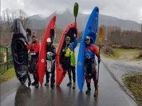 Con los kayaks en busca de la aventura