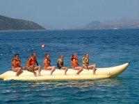 Inizio il giro in banana boat