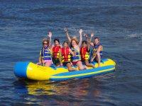 Senza mani sulla banana boat