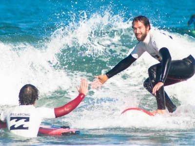 Surf course with accommodation in Vizcaya, 2 days