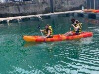 Paddling in pairs in the kayak