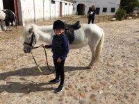 Clases para montar en pony