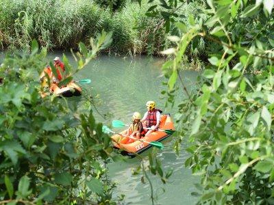 Paseo en canoraft por el río Ega en Estella