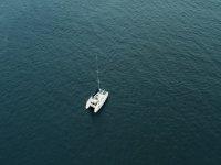 在希洪海岸航行