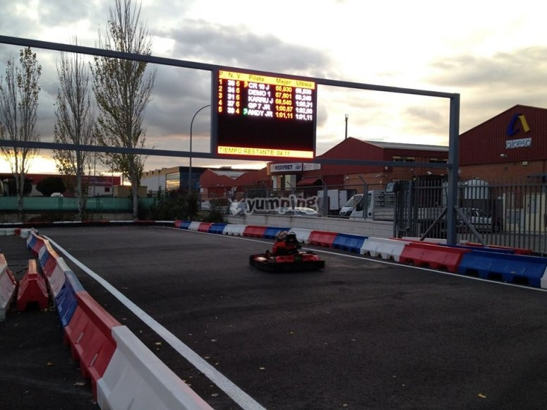 Circuito di karting all'aperto
