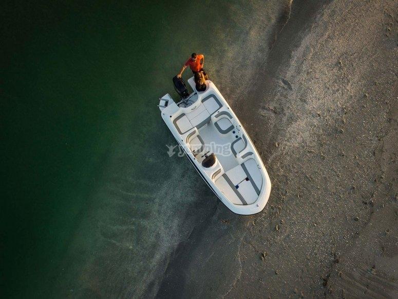 Embarcacion para cinco personas