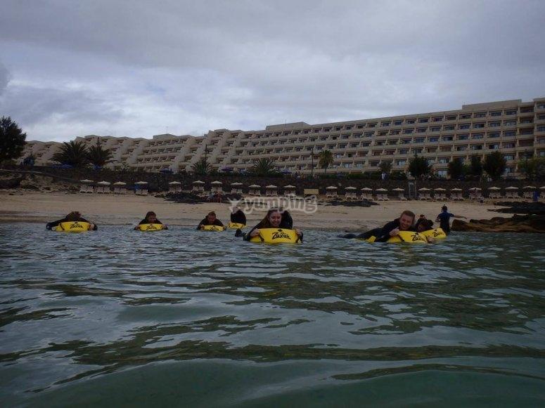 Practicando snorkel con zayak