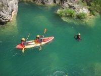 Canoe e divertimento