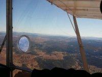 Volando en avioneta sobre la Costa Brava