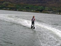 Aprendiedo a esquiar en agua