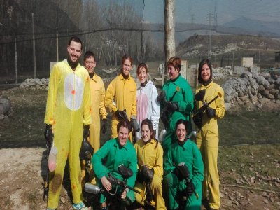 Barranquismo y partida de paintball en Jaca