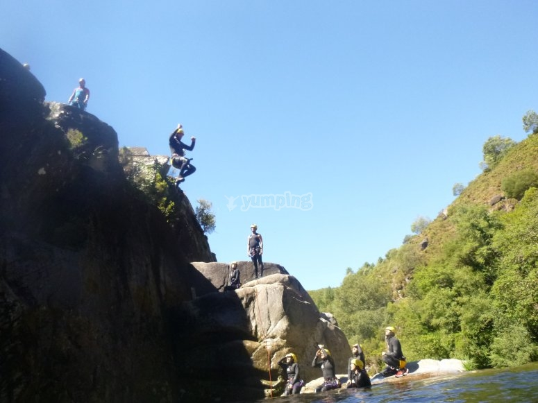 Jumps of up to 9 metres