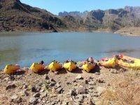 Kayaking en el campamento