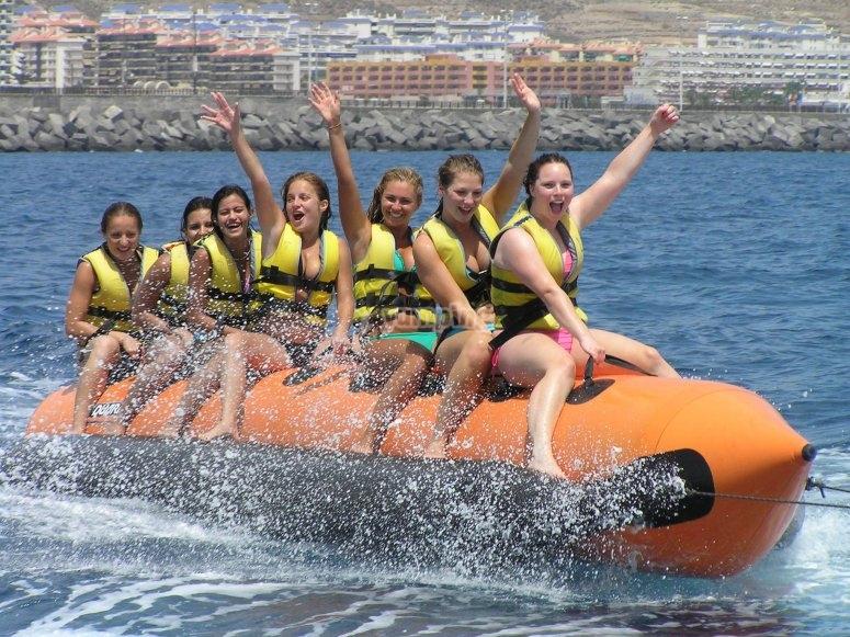 Addio al nubilato a banana boat a Barcellona