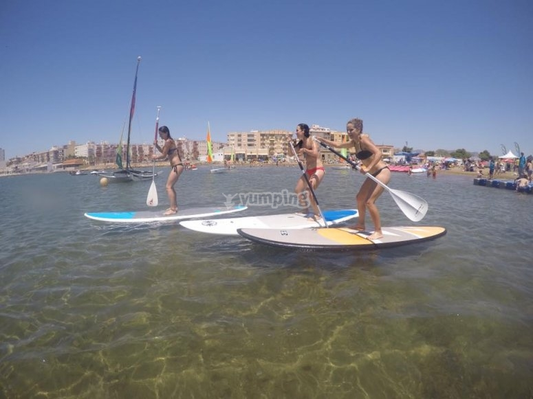 Paddle surf sulle rive