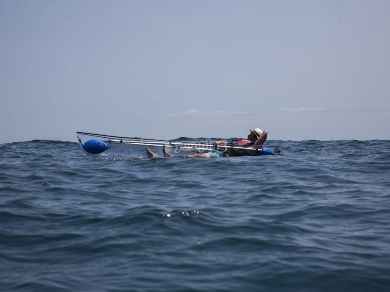 在独木舟中放松