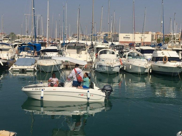Ruta en barco con niños Torrevieja