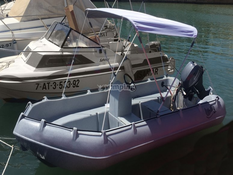 A boat without certification in Torrevieja