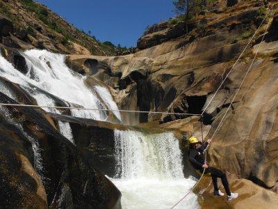 Descenso barranco del Xallas en cascada de Ézaro