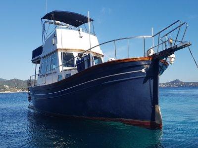 Excursión en barco por Mallorca en temporada alta
