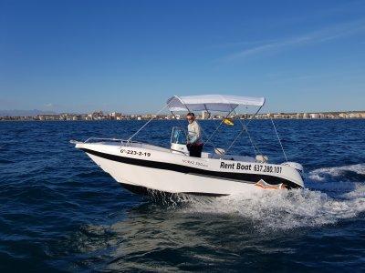 Alquilar un barco sin carnet en Alicante 3 horas