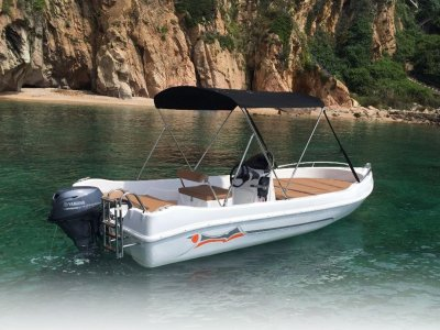 Boat hire without licence in Alicante 4 hours