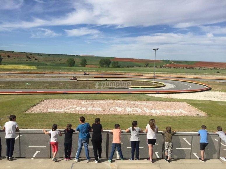 Circuito di kart di 1 chilometro di lunghezza