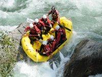 Rafting en el tramo Llavorsí-Sort