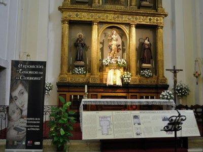 Tesoros de clausura exhibition at Chinchón, groups