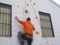 Rocodromo per imparare ad arrampicare