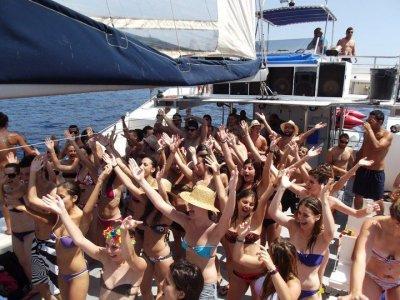 Global Aventura Paseos en Barco