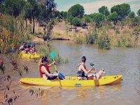 Navegando con canoa