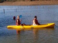 Paseo en pareja con canoa