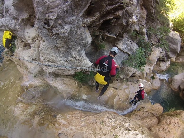 """Descenso del barranco de Los Papuos Nivel medio"""