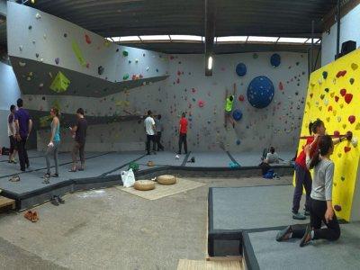 Rock climbing session, Girona