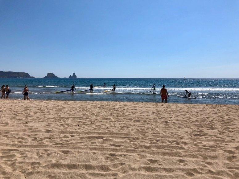在同一海滩上