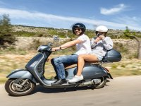 The perfect Vespa route for Instagram