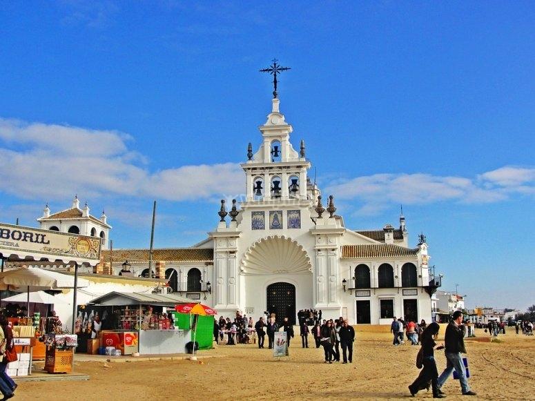 Ermita Virgen del Rocio en la aldea