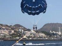 Vuelo en parasailing en Tenerife