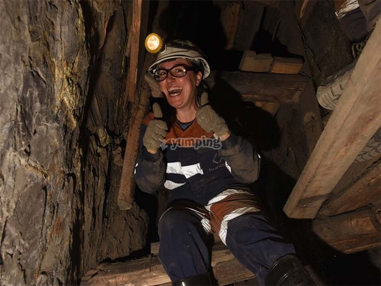 Bajando a la mina