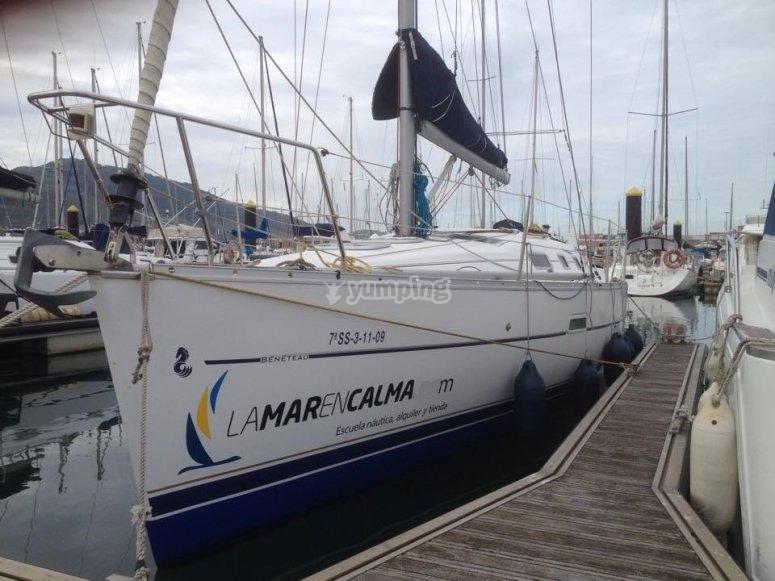 El Hirua en el puerto