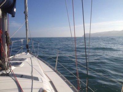 Alquiler de barco en Getxo sin patrón una jornada