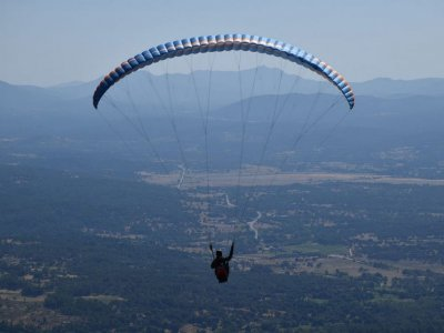 Paragliding over the Sierra de Gredos