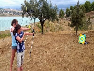Tiro con l'arco a Malaga con obiettivi pieghevoli 1 h