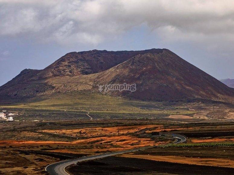 Arriva al cratere del Vulcano Corona