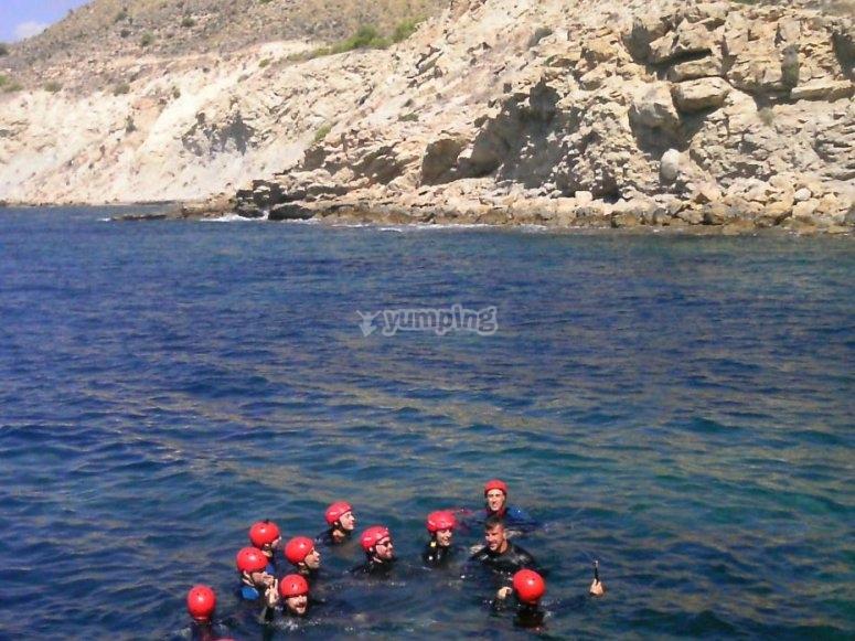Grupo en el mar