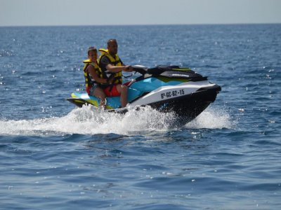 rent a jet ski in Gran Canaria 1hr