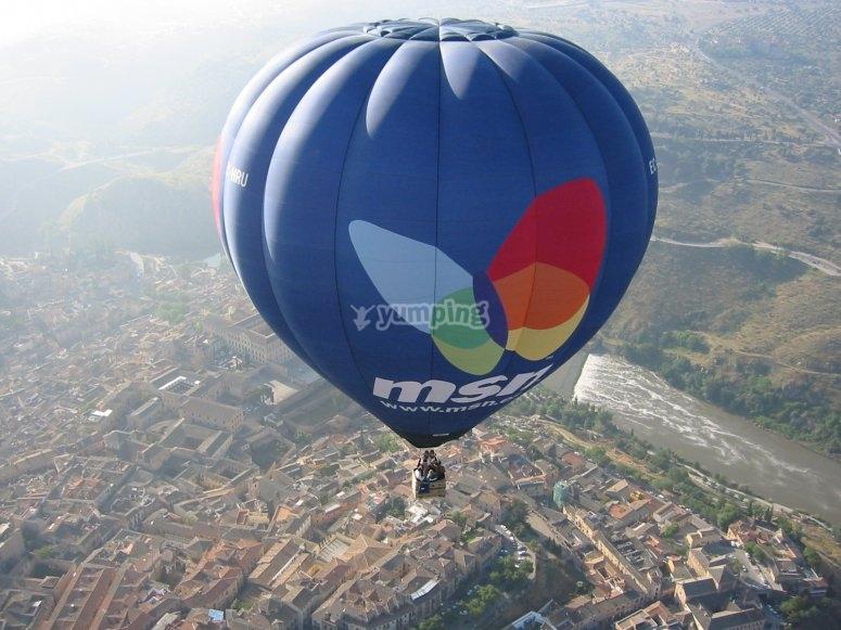 Balloon over the city