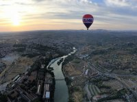 Hot-air ballon ride for kids Toledo w/ HD video