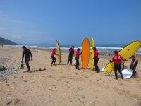 Corso di surf a Ribadesella con materiale di 2 ore